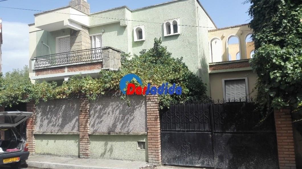 Vente Villa  Bouira