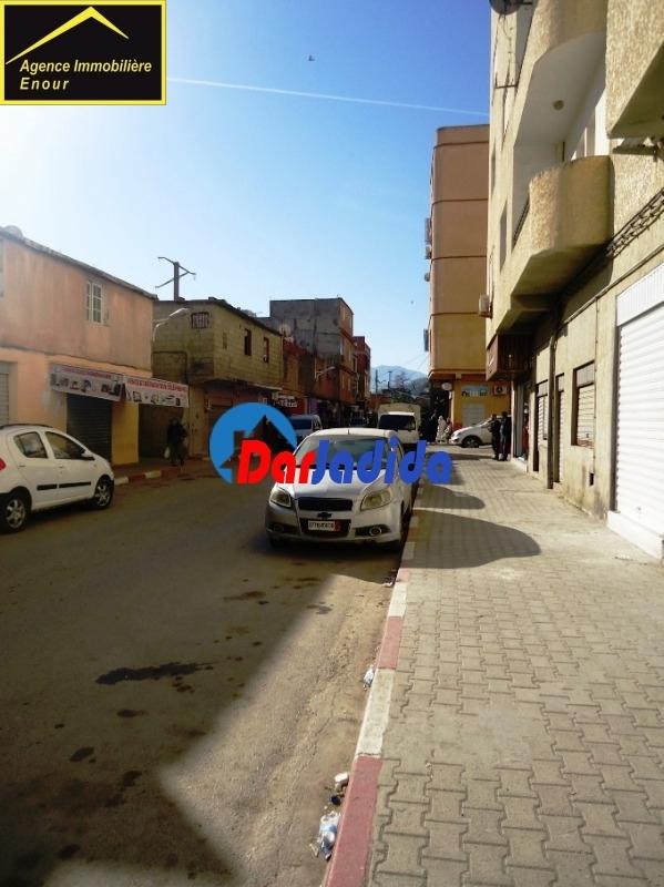 Location Local  04 Chemin [prés de la gare routière] Béjaïa Bejaia