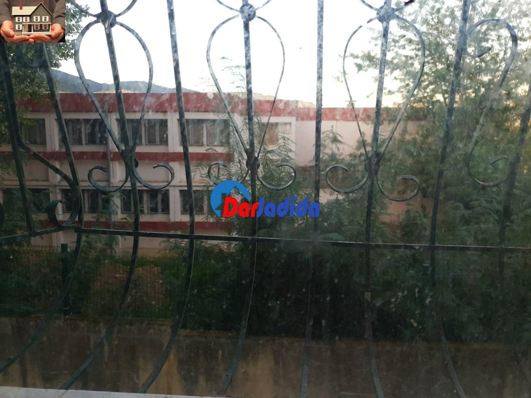 Vente Appartement F3 P/Ouest cité 128 Logts La mutuelle Annaba Annaba