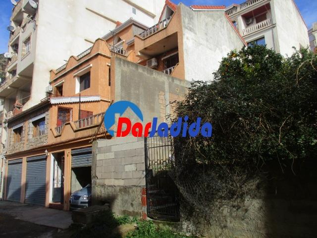Vente Villa F10 ou +  Bejaia
