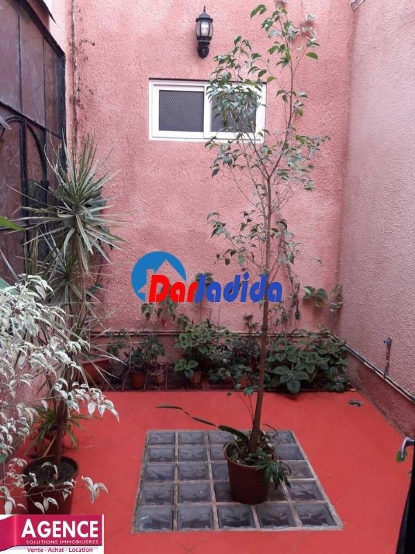 Location Appartement F4 Cours de révolution Annaba Annaba